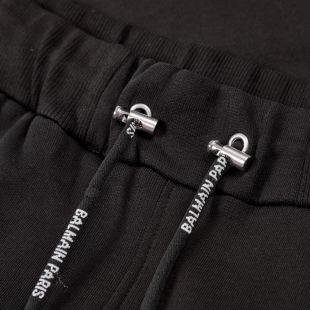 Shorts – Black Tape