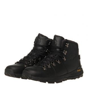 Mountain 600 Boots - Black