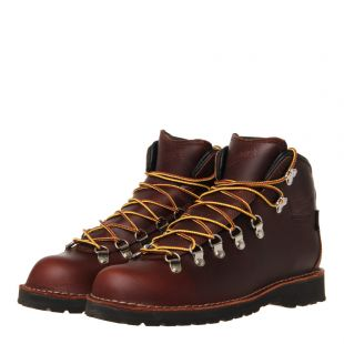 Mountain Pass Boots - Dark Brown