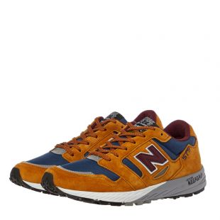 575 Trainers – Tan / Blue