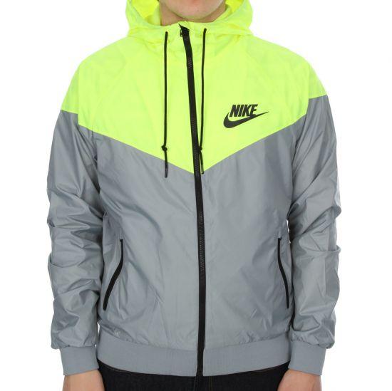 Nike Windrunner in Yellow