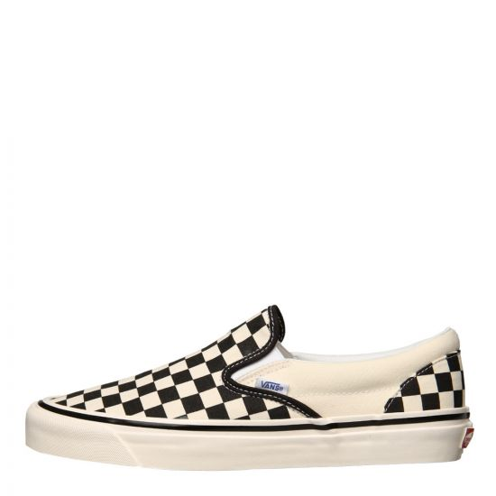 Vans Classic Slip On 98 DX Trainers VN0A3JEXPU1 in Black / White Checkerboard