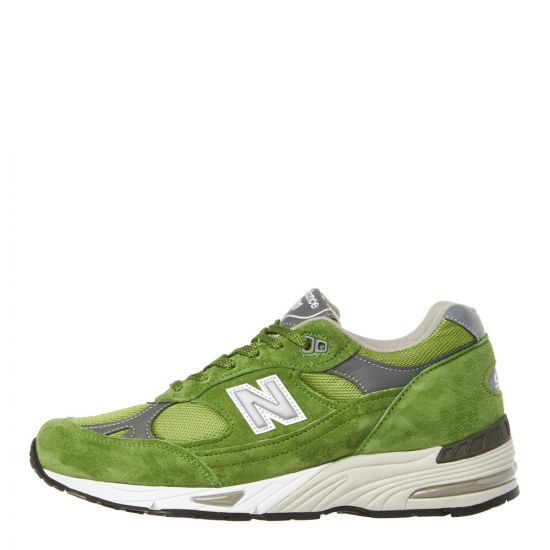 New Balance 991 Trainers M991GRN in Green
