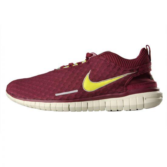 Nike Free OG 14 in Villain Red